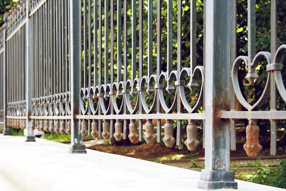 fence with hearts